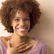 E se o Outubro Rosa fosse uma campanha muito além do câncer de mama, e que incentivasse as mulheres a investirem em cuidar da própria saúde de forma integrativa?