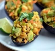 grão de bico e abacate